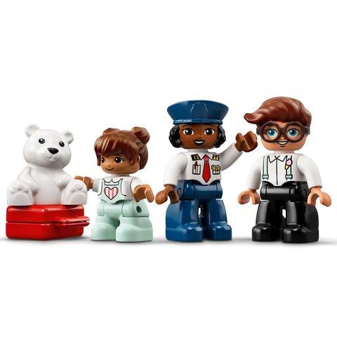 Конструктор LEGO DUPLO Самолет и аэропорт 10961 Превью 8